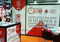 businessone02stand.jpg